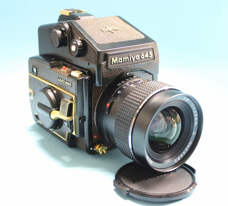 マミヤ 645 1000S  限定革モデル