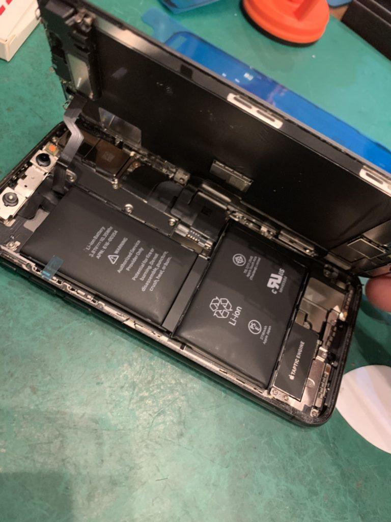 iPhoneX 膨張 で バッテリー交換 iPhoneバッテリー交換 アンドロイドバッテリー交換 FIXMASTER